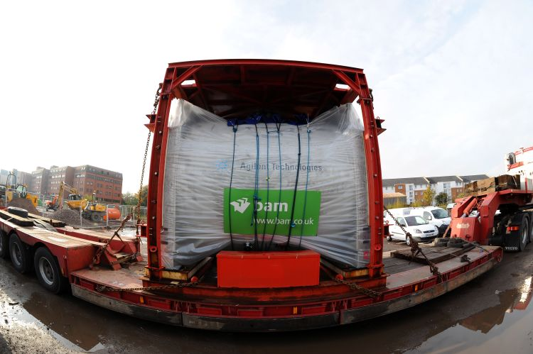 The centre's 7T scanner loaded onto the back of a lorry